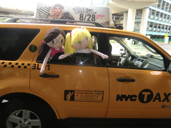 My Friend Huggles' Lily and Rubi in the Big Apple